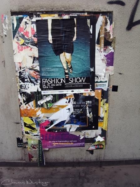 20101002133431 fashion show r0013198 in Strasse