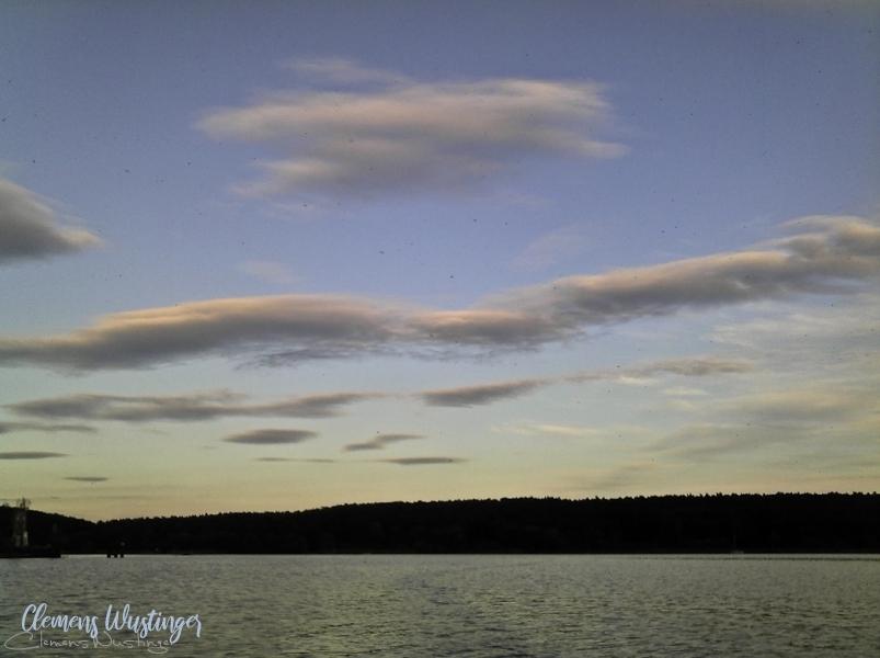 20160711013031 weichejuliwolken in Landschaft